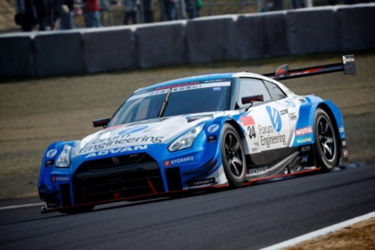 Forum-Engineering-Nissan-Super-GT-2017