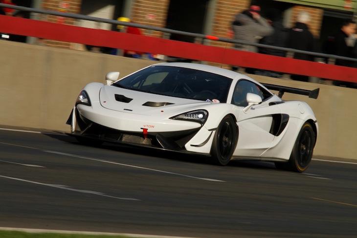 Track-Club-McLaren-570S-GT4-Snetterton-test-1
