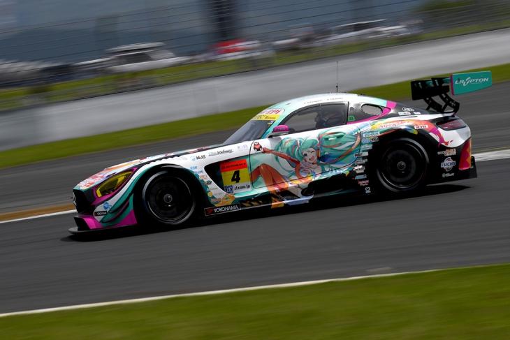 Good-Smile-Racing-Mercedes-Super-GT-2016