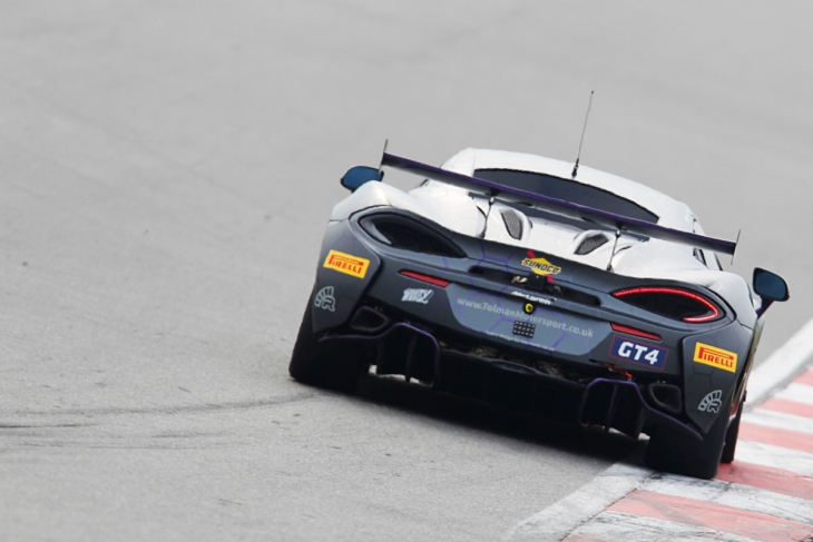Obsorne-Tolman-McLaren-British-GT-2017-4