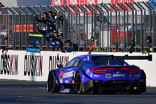 Button Claims Super GT Title At Motegi, Yamamoto Completes GT & Super Formula Double