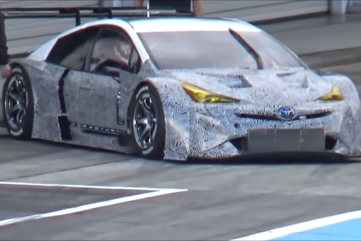 2019-prius-gt-Super-GT-Test.png