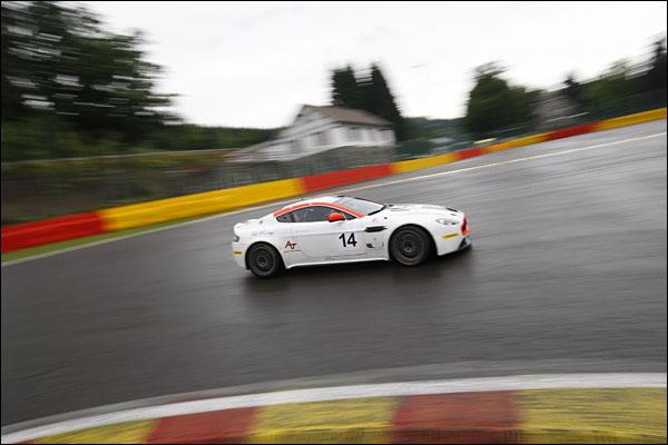 Aston_GT4_Spa_2013_20130726_08
